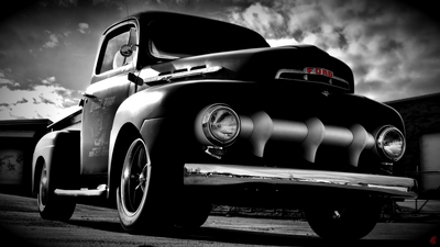 High Def computer wallpaper of 1951 Ford F1 b&w