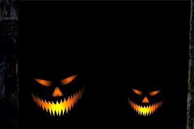 normal_HD_Jackolantern_evil_dark_barn_wallpaper.jpg