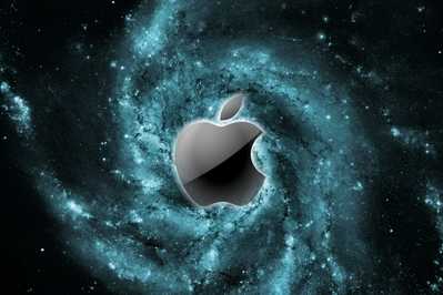 normal_HD_apple_glass_space_hubble.jpg